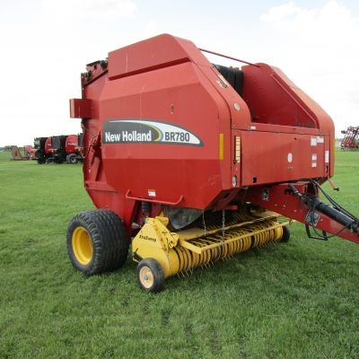 Used 2005 New Holland BR780 BALER