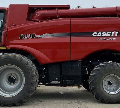 Used 2015 Case IH 8240 COMBINE